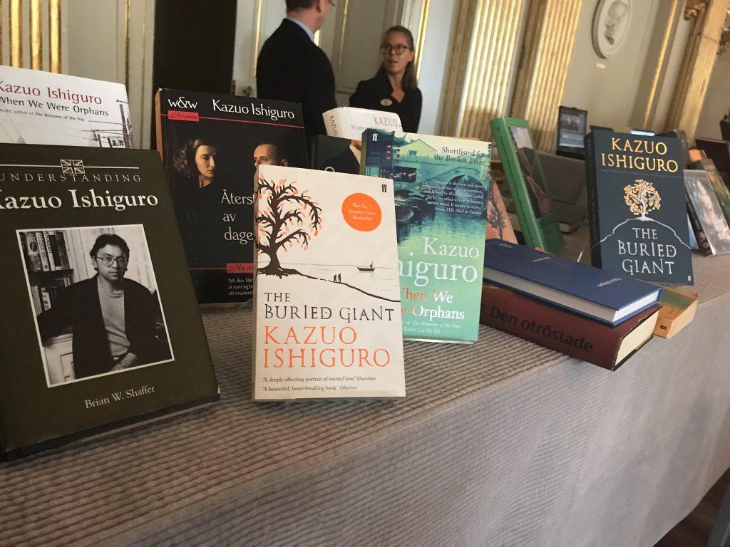 """Kazuo Ishiguro, Nobel de Literatura 2017 """"por sus novelas de gran fuerza emocional"""""""
