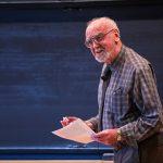 Robert Langlands gana el Premio Abel 2018 por unificar áreas matemáticas