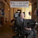 ¿Cómo logró Stephen Hawking vivir décadas con una enfermedad que mata en pocos años?