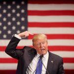 Los blancos votaron por Trump por miedo a perder sus privilegios