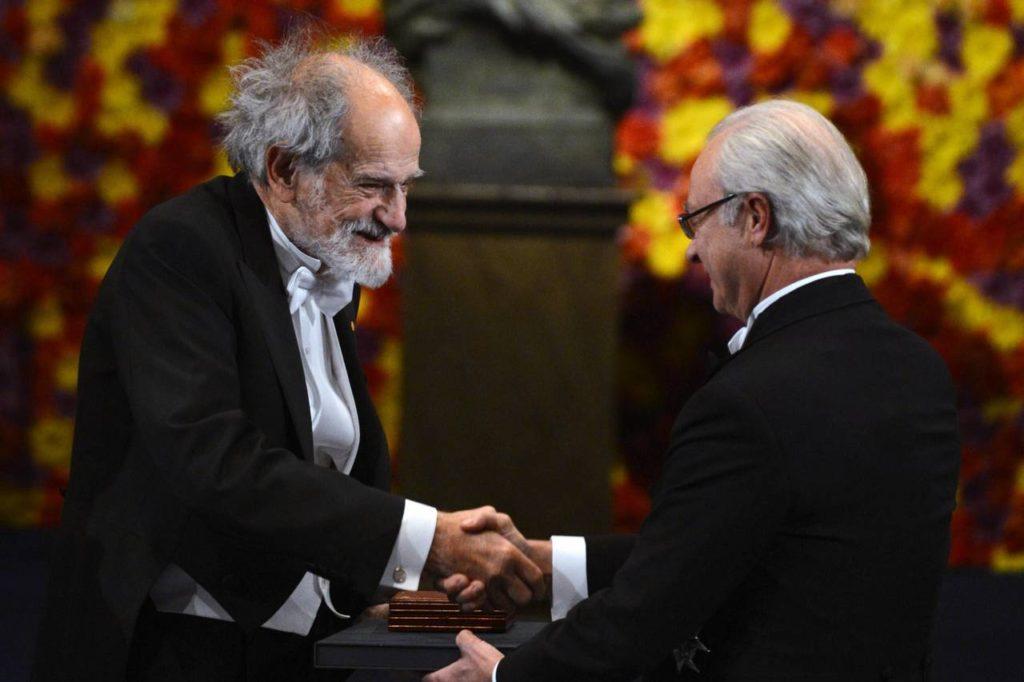 Lloyd Stowell Shapley al recibir el Nobel de Economía en 2012