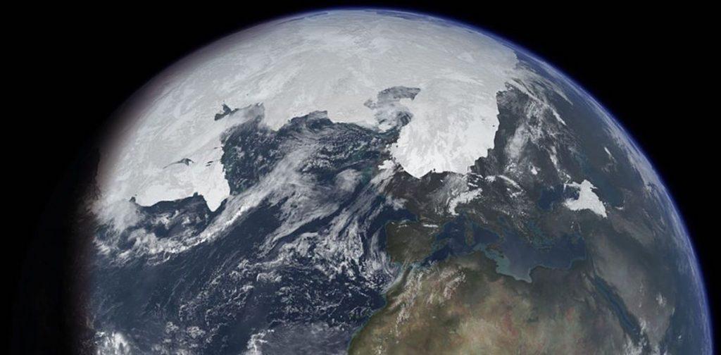 Casquete del Polo Norte extendido en una era de hielo