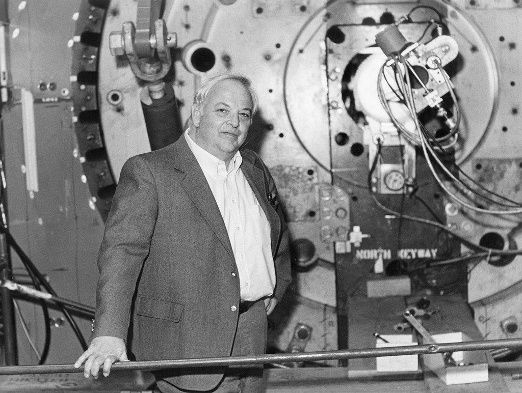 Burton Richter y el acelerador lineal de partículas de Stanford- CHUCK PAINTER, STANFORD NEWS SERVICE