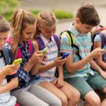 El uso compulsivo del celular hará que tengas menos amigos, pero más estrés
