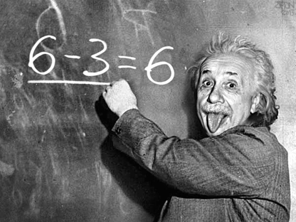 Albert Einstein con la lengua afuera
