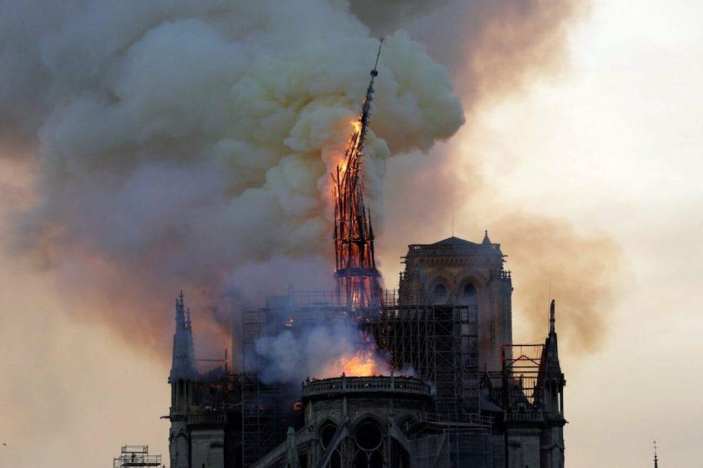 856 años de historia, cultura y arte sucumbieron en el incendio de Notre Dame del 15 de abril de 2019