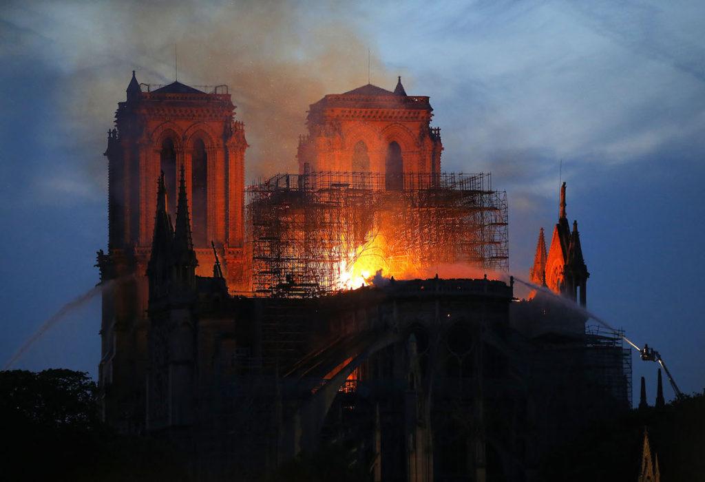 Incendio catedral de Notre Dame, Paris, el 16 de abril de 2019- AP Photo, Michel Euler